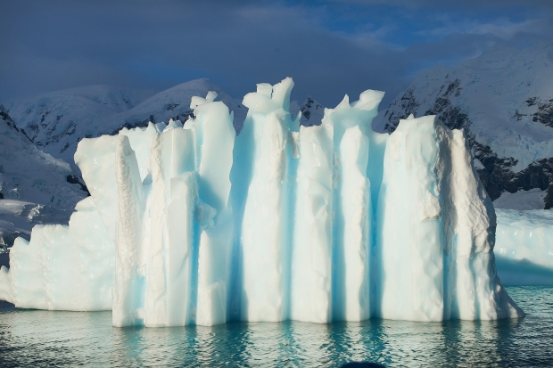 54_Iceberg